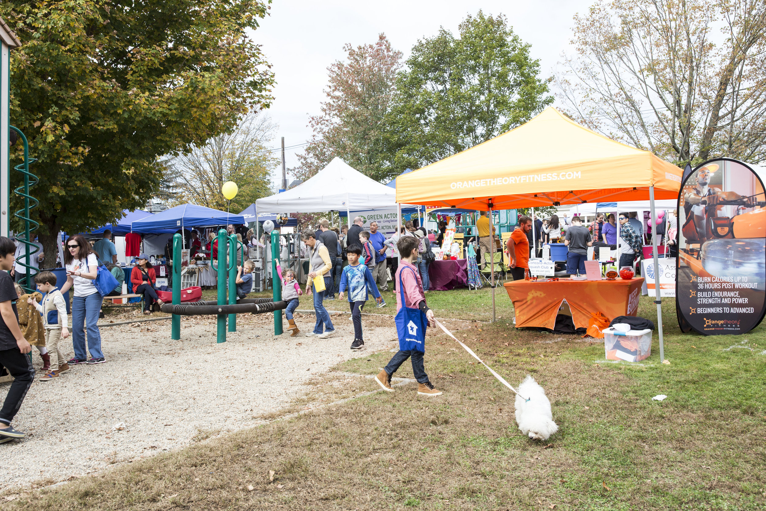 eventS - We are proud to organize two village wide events annually (Oktoberfest & Holiday Stroll) as well as our Marketing Mingles for WAVMA members and guests.