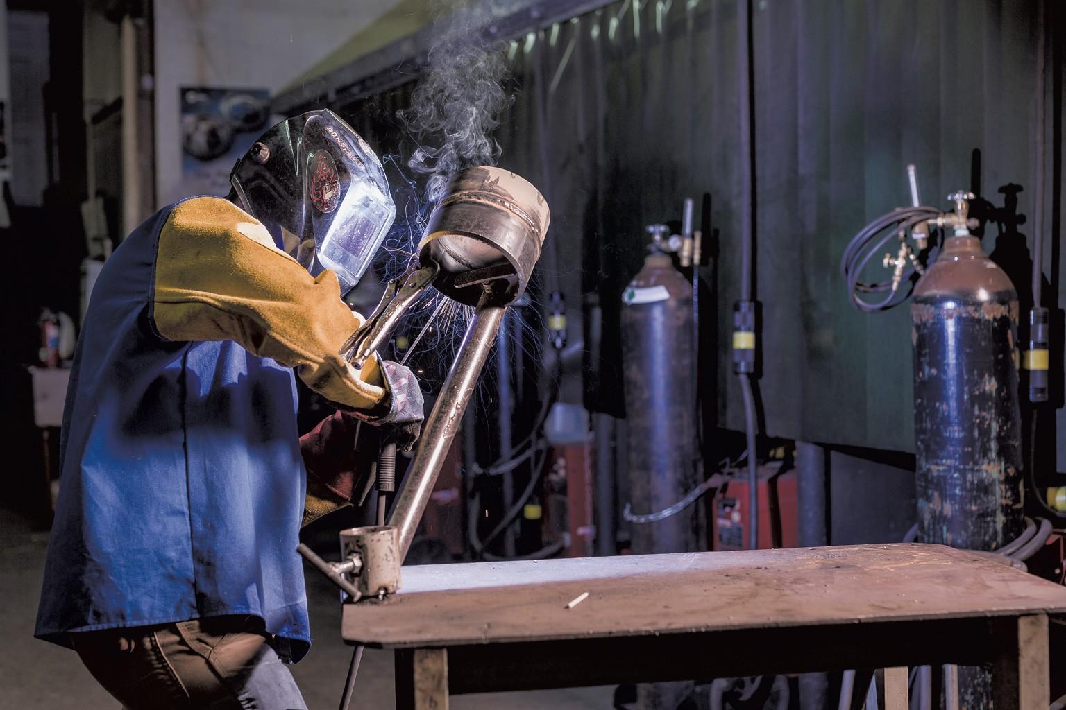 f-welding1-1-1b49859ec829c336.jpg