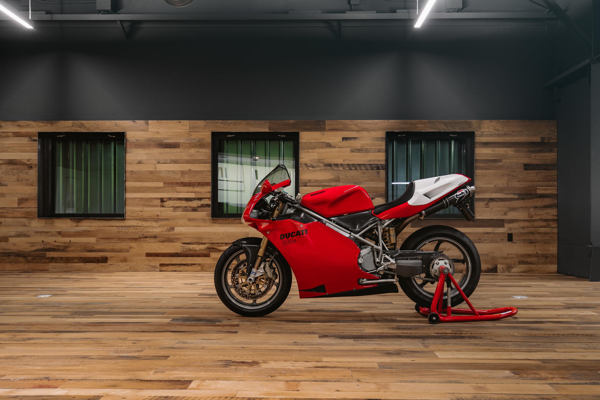 ABE1_OTTO_Building_Ducati-5.jpg