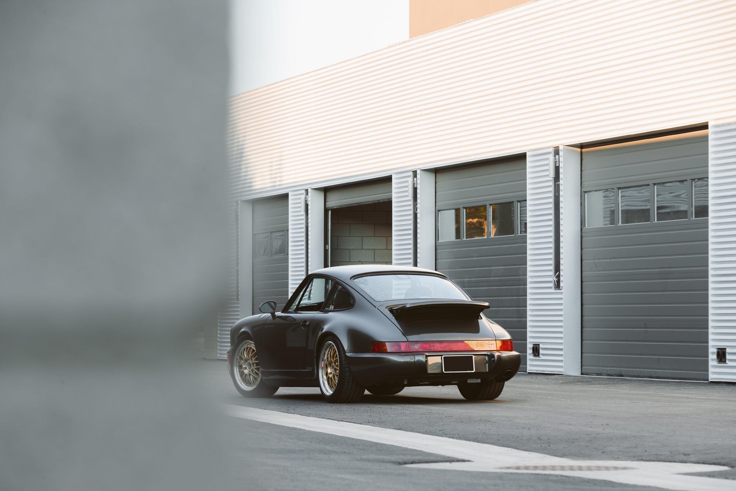 ABE1_OTTO_Porsche_Garages-1-2.jpg