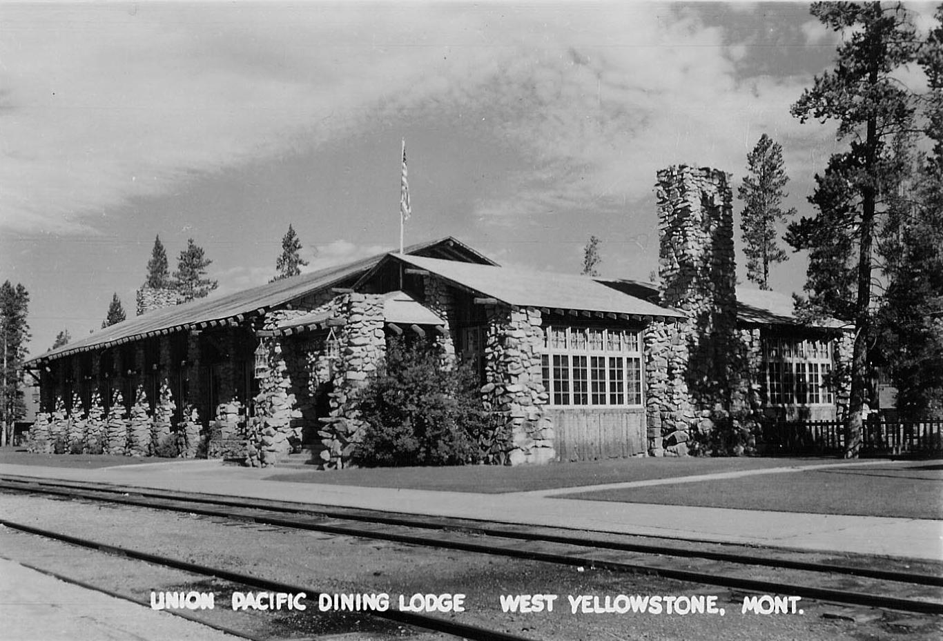 Dining Lodge - 1925