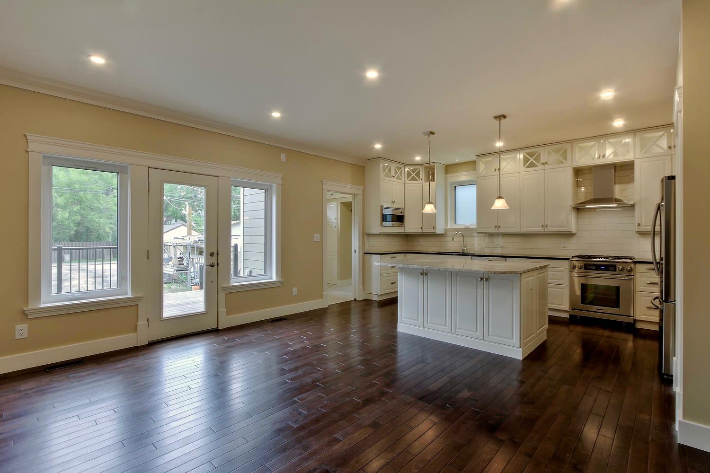 7435 106 St NW Edmonton AB T6E-large-048-087-KitchenFamily Room-1500x1000-72dpi.jpg