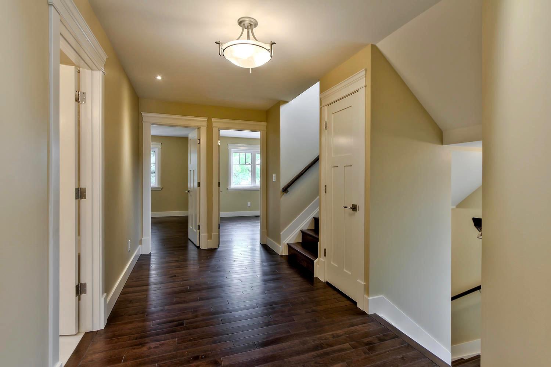 7435 106 St NW Edmonton AB T6E-large-066-029-2nd floor Upper Hallway-1500x1000-72dpi.jpg