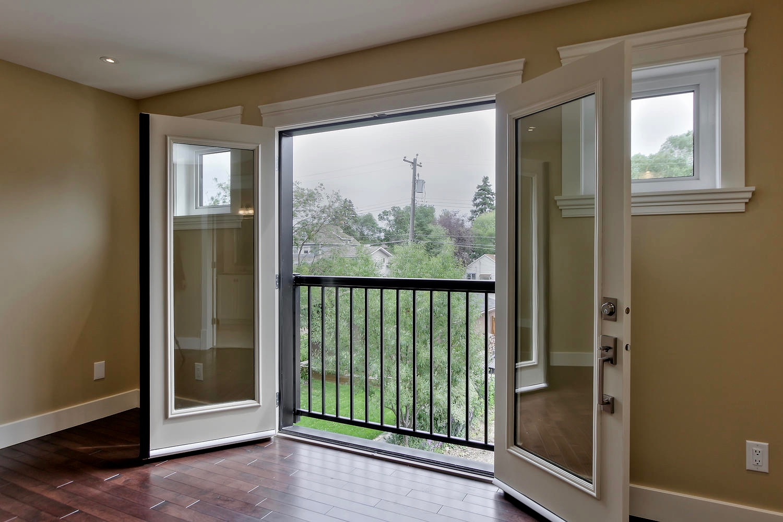 7435 106 St NW Edmonton AB T6E-large-080-044-Master Bedroom-1500x1000-72dpi.jpg
