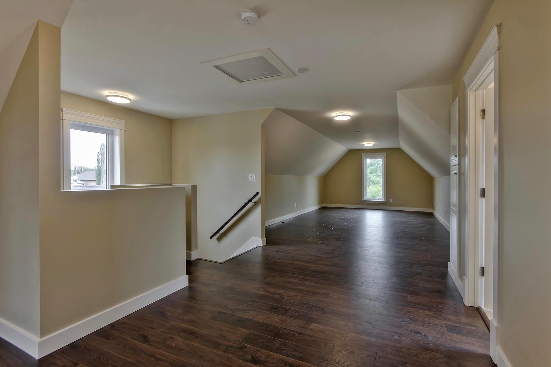 7435 106 St NW Edmonton AB T6E-large-094-042-Flex Room-1500x1000-72dpi.jpg