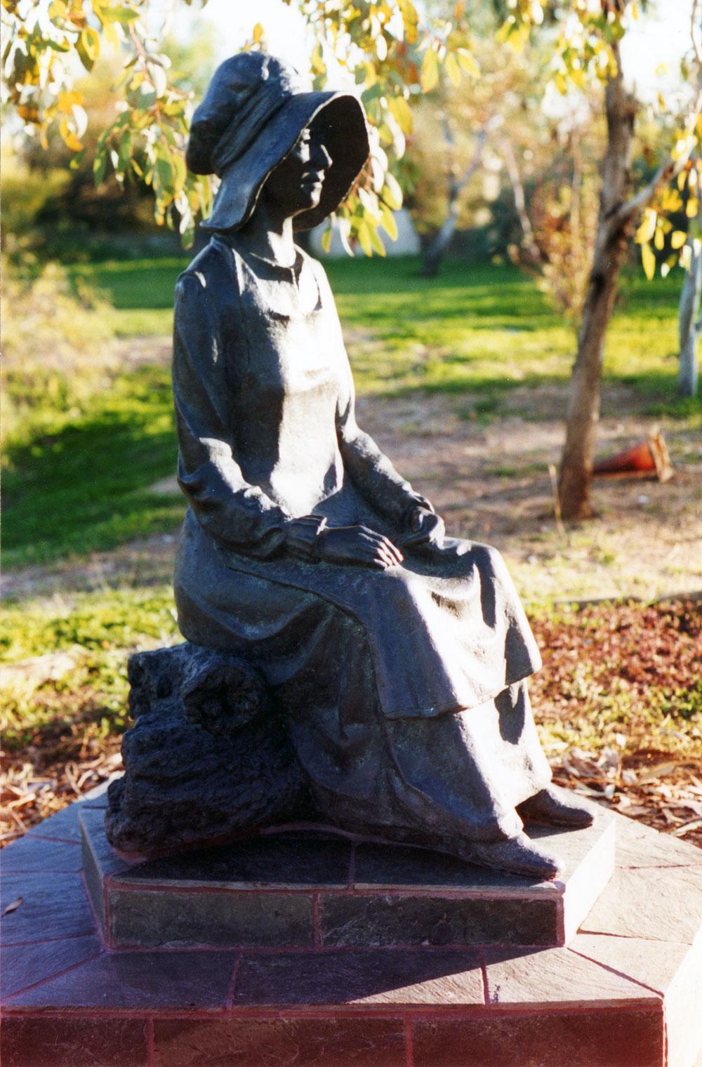 Pioneer-Woman.jpg