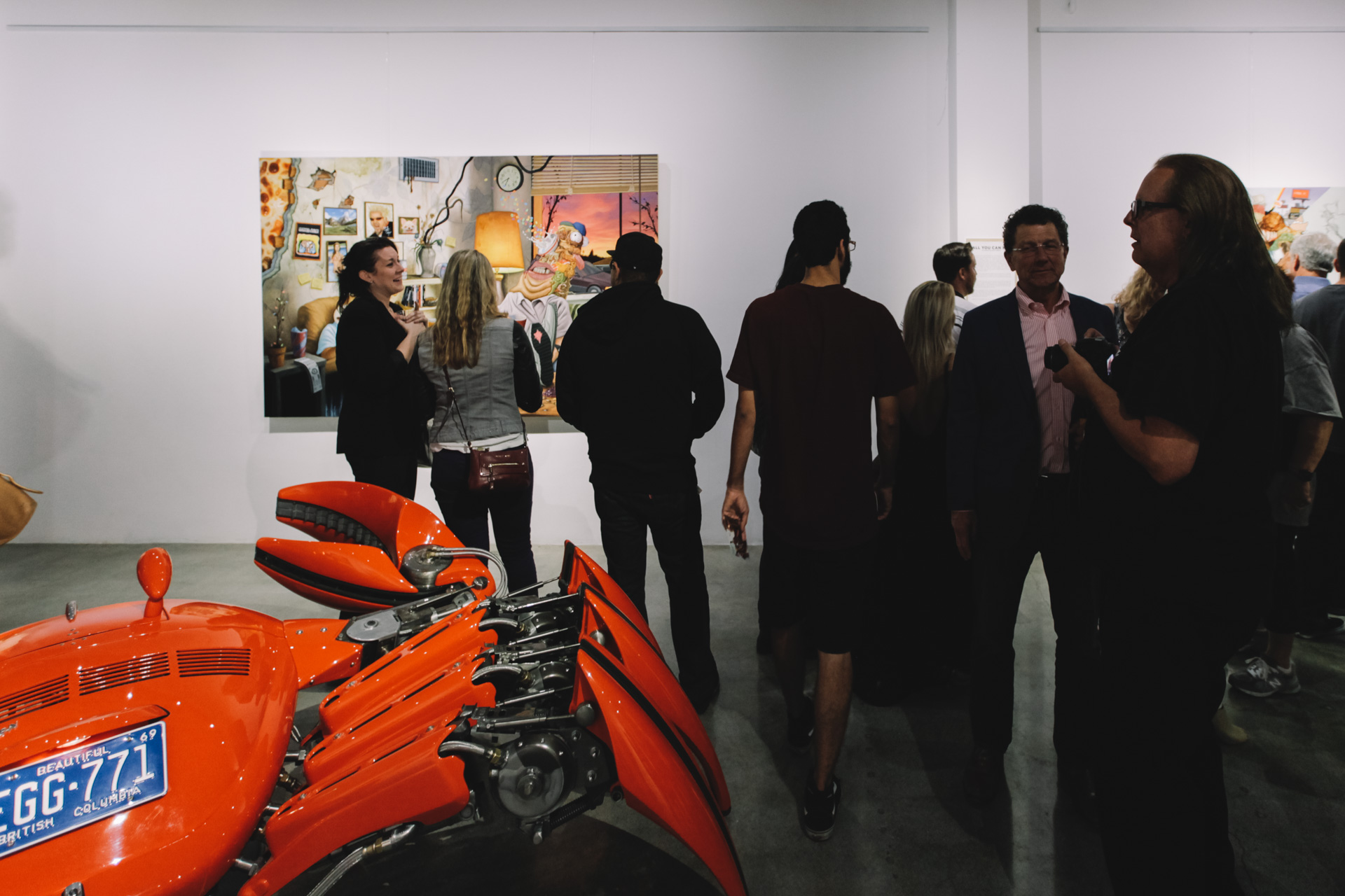 A juxtaposition of master sculptor Cristian Castro and painter Sean Norvet at Stay Gallery – November 2014