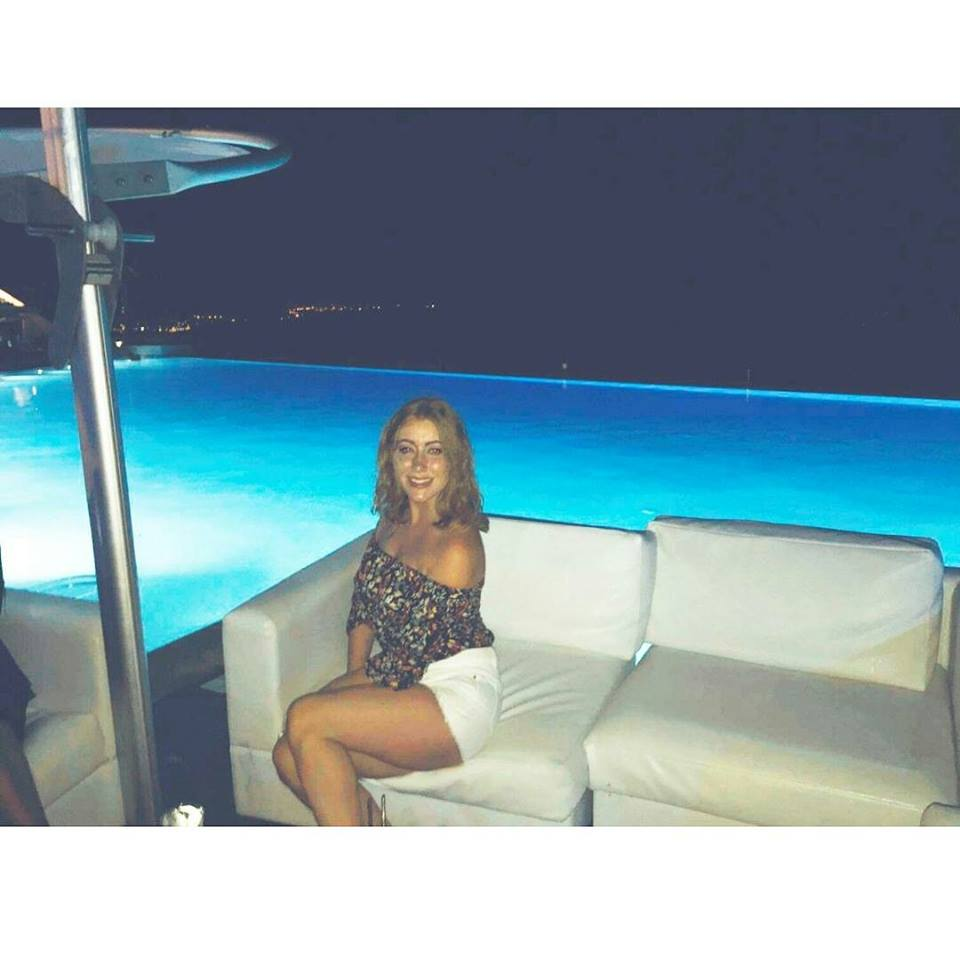 Cafe Del Mar, Pool Party