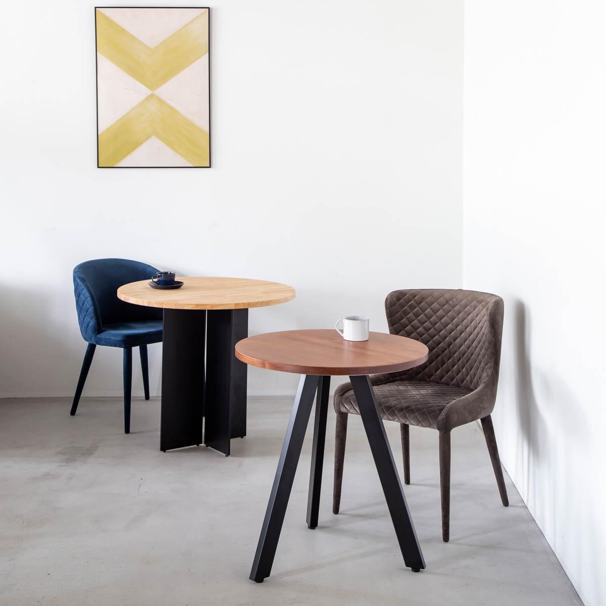 かなでもの - 「金物家具のかなでもの」は、自社企画の様々な金属脚と、杉無垢材、桧、唐松など天然木の天板を組み合わせたテーブルを中心に、シンプルで普遍的、洗練されたデザインのインテリアプロダクトをオンラインで販売しています。空間に自在に合わせられるよう手軽にカスタマイズできるのが特徴です。