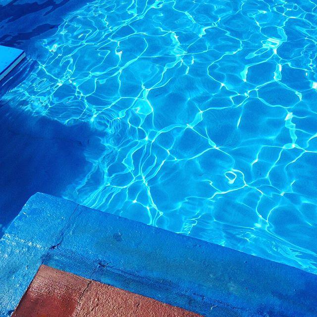 Little corner of #paradise #openairpool #summer #swimming #swimmingpool #scotland #blueskies #travel #traveltheworld #stonehaven #scented #elements #faith #love #hope #summerlove #water #outdoorpool