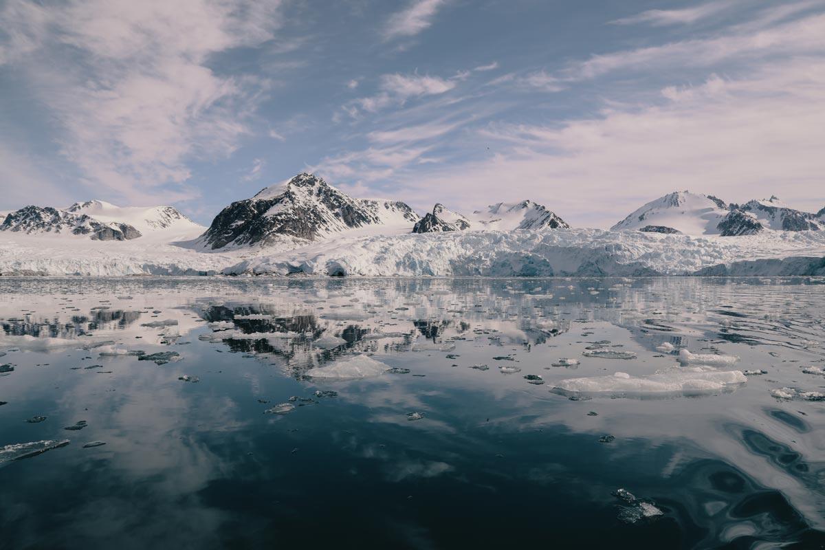 svalbard-sailing-expedition.jpg