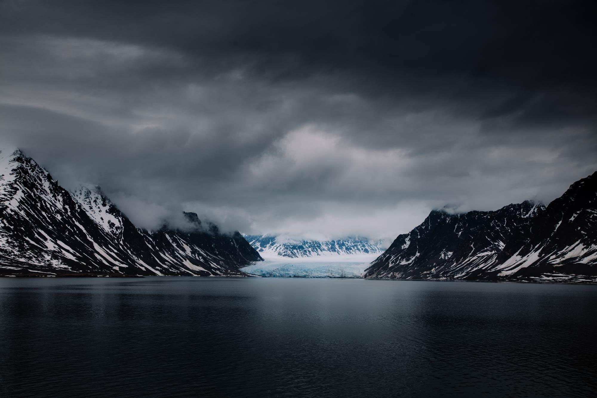 Svalbard-Glacier-01.jpg