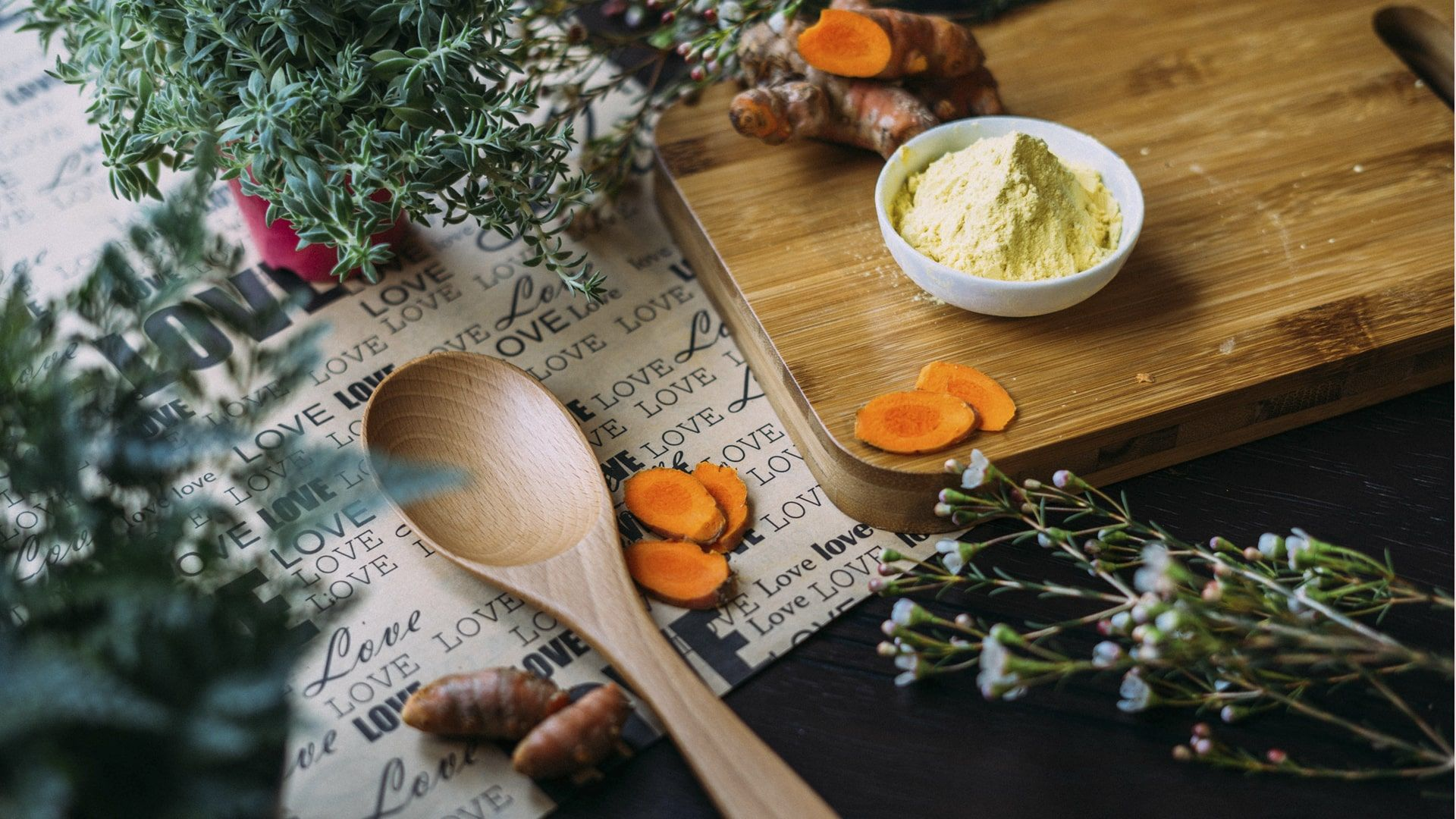 what-can-turmeric-do-for-you-the-health-benefits-of-turmeric-min.jpg