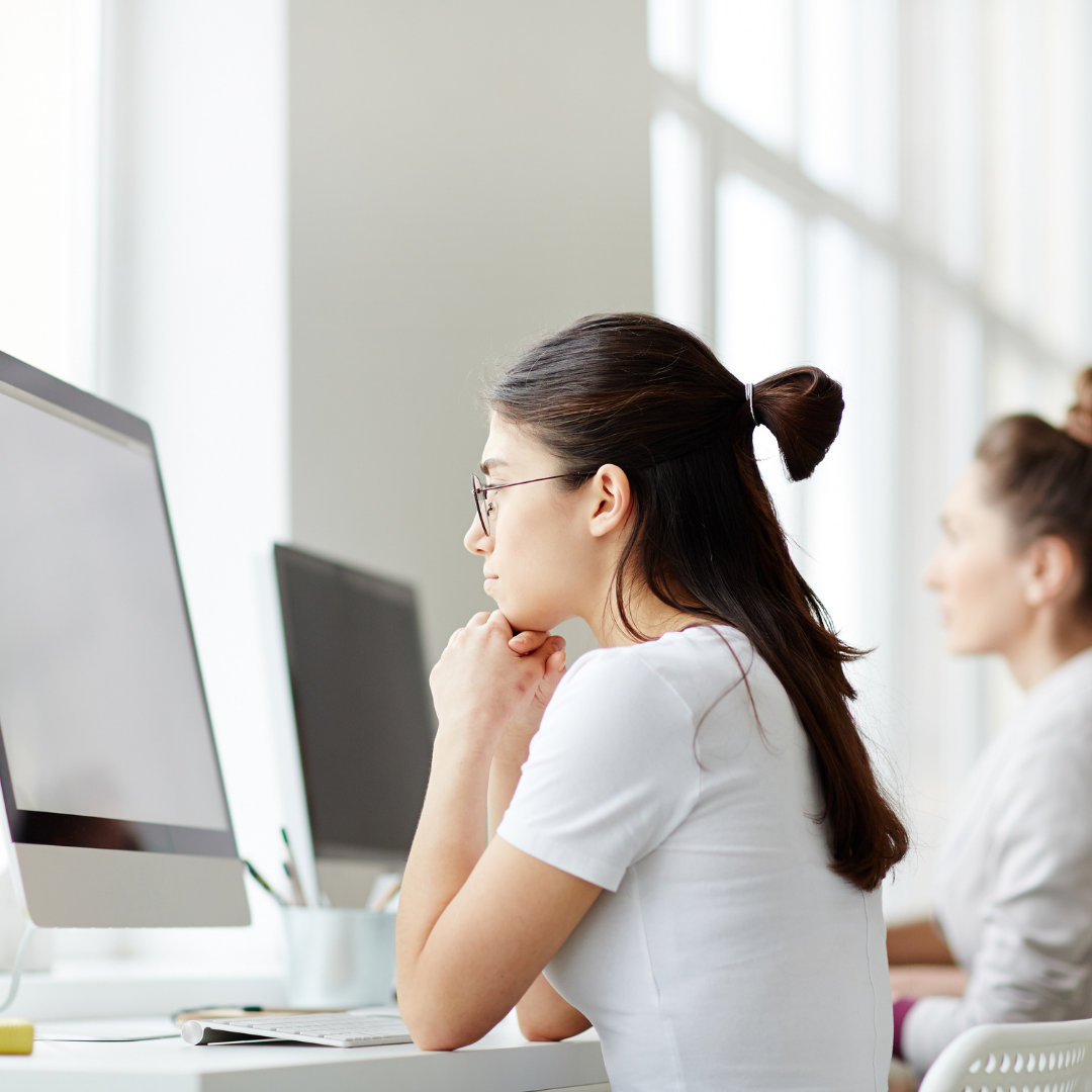 Staring At Screens All Day? Here are 5 Ways To Reduce Eye Strain