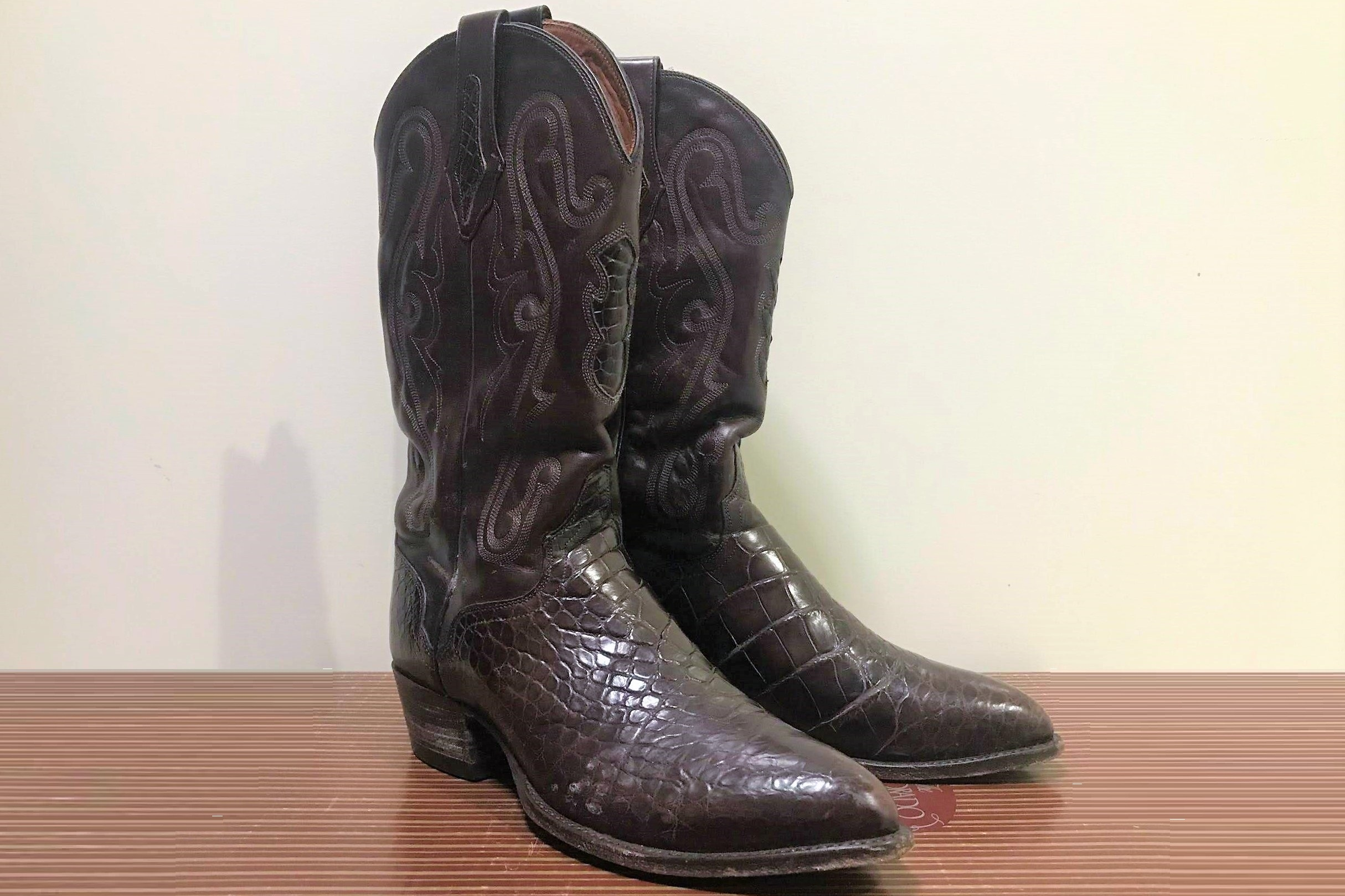 Martin Sheen Alligator Boots - Martin Sheen's alligator boots (size 9.5) donated by the Sheen family.Valued at $730Starting bid $100
