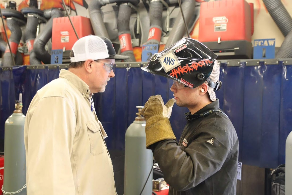 Bowen Sponsors AWWA High School Welding Competition