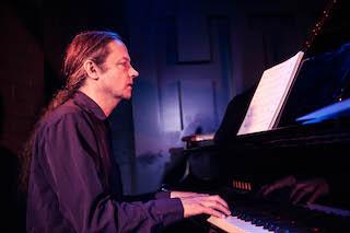 Gabriel Keen - Piano