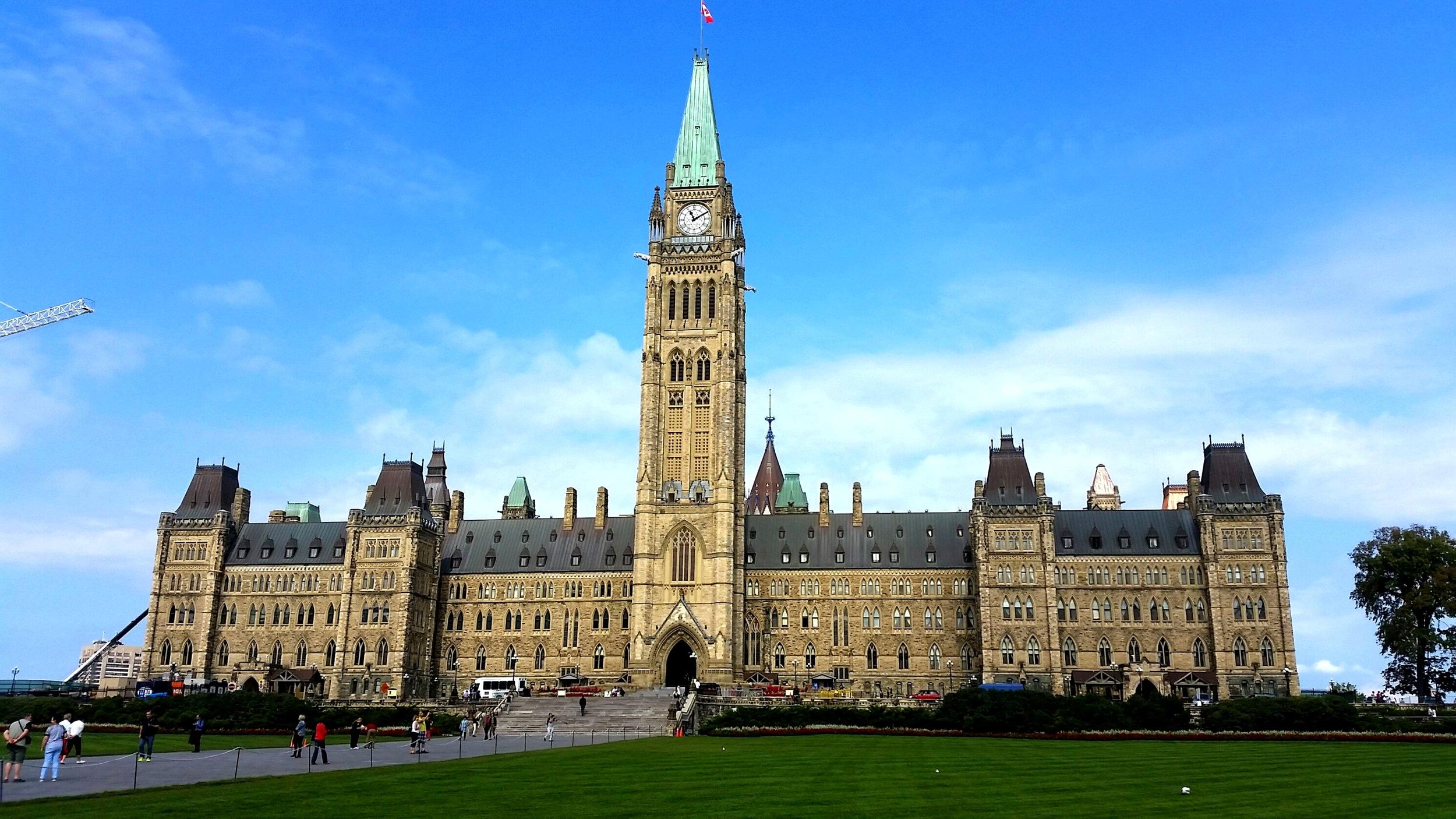 Ottowa, nice parliament building. Ok-ish other stuff.