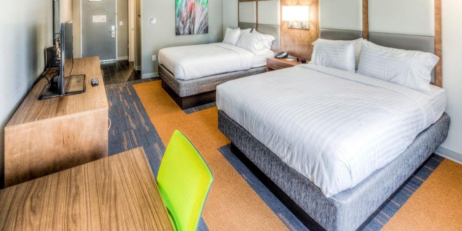 Holiday Inn Express Westlake