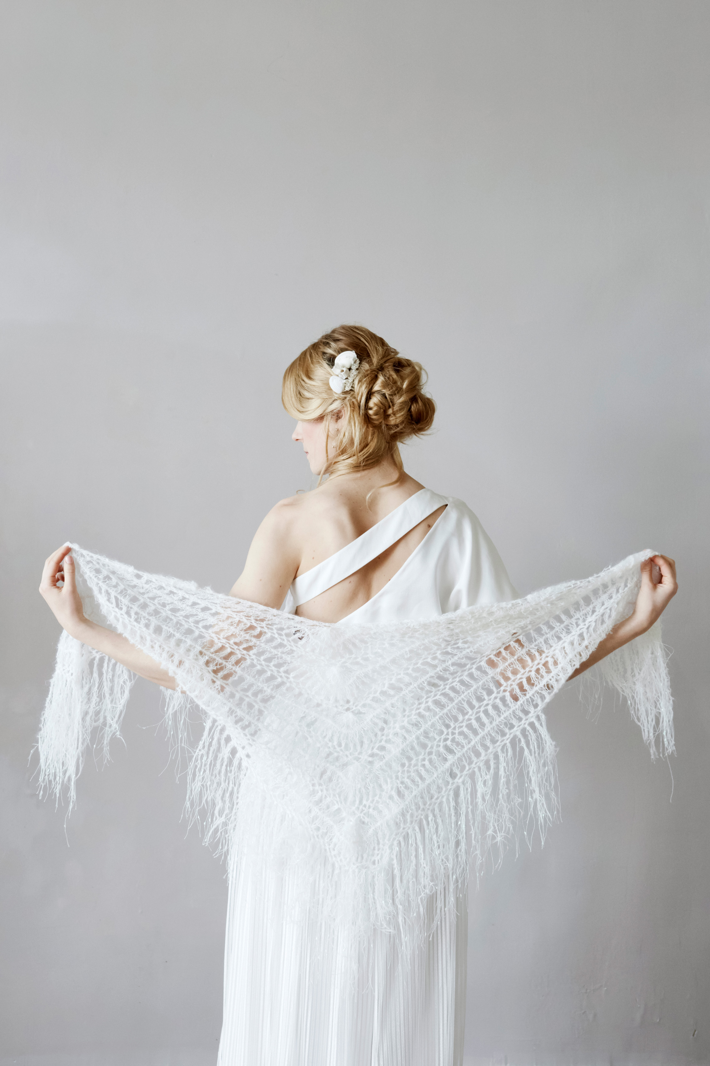 shawl by Elodie Courtat, french normandy wedding