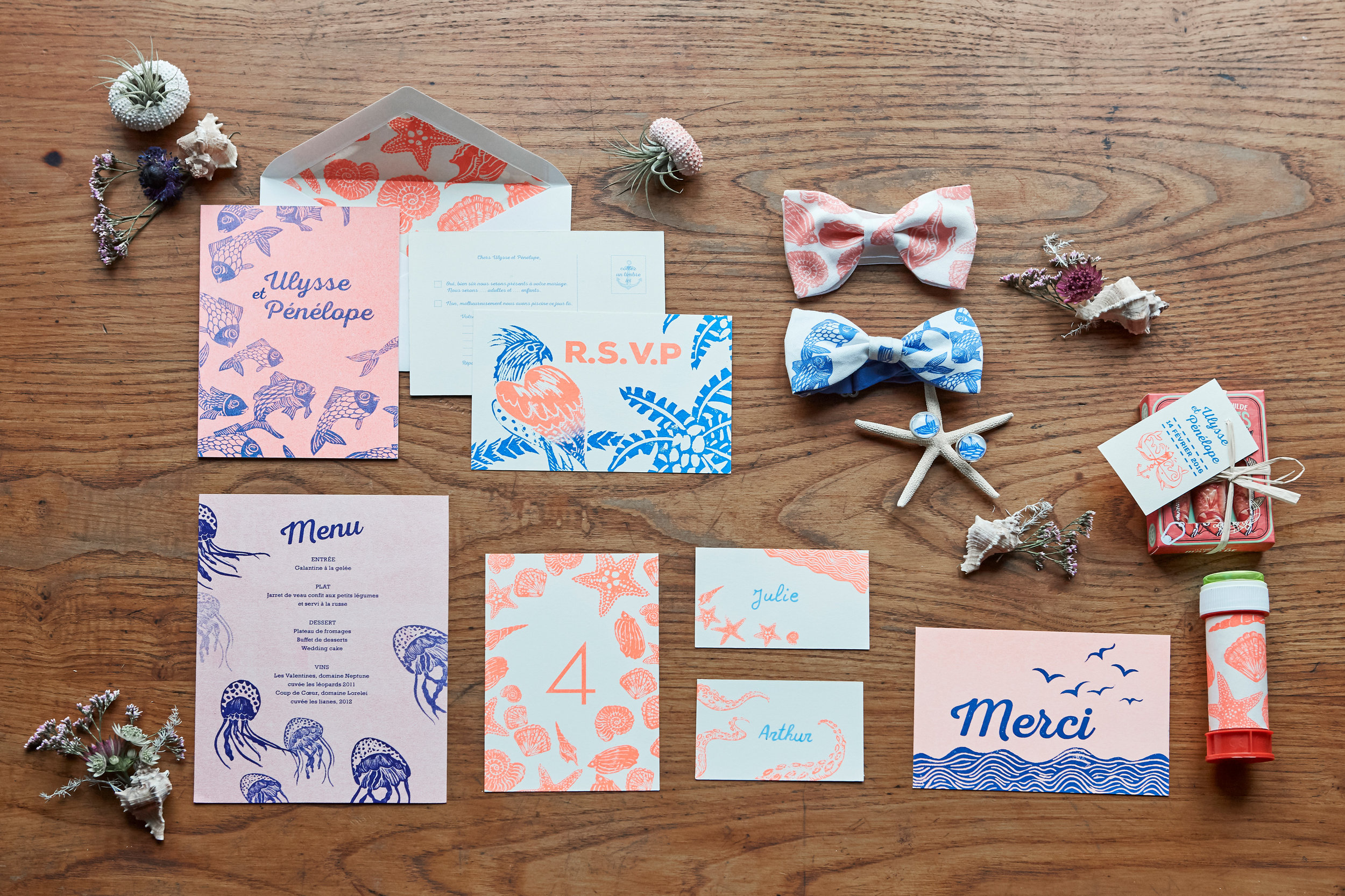 matching stationery and accessories, J&T and 2 Fois Oui, french normandy wedding
