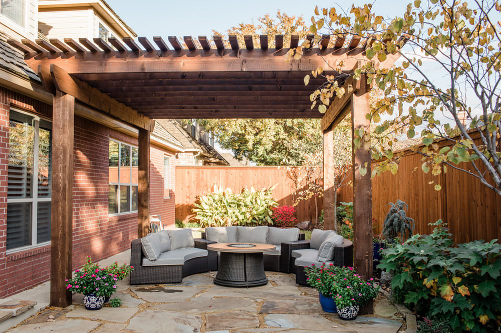 Outdoor Living - Outdoor living areas can be designed and built to fit your family's style, space and budget.