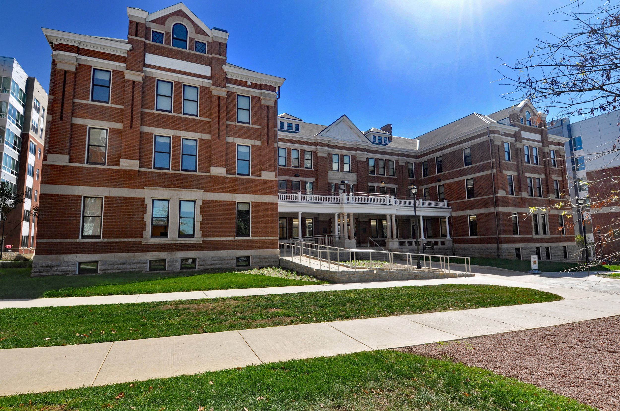 UK Patterson Hall - 10.2% total power reduction33.9% reduction in water use