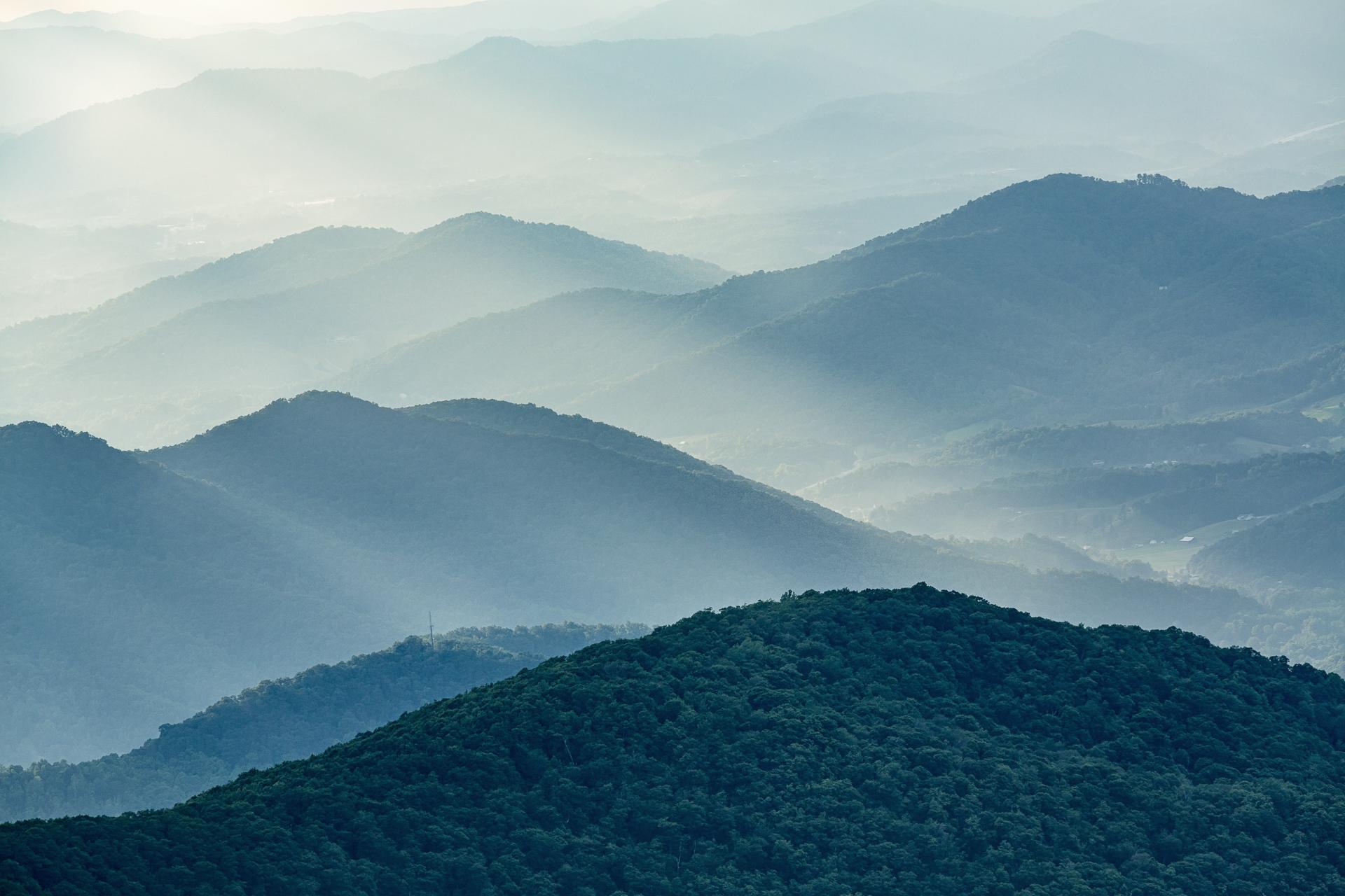 craggy-gardens-sunset-blue-ridge-parkway-mountains-Kathleen-Kathy-Roberts-Asheville-NC-Photographer-2.jpg
