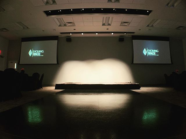 We control the spotlight, you control the attention ✨✨ #spotlight #presentations #publicspeaking #stage #torontoeventspace #corporateevents #torontobusinessevents