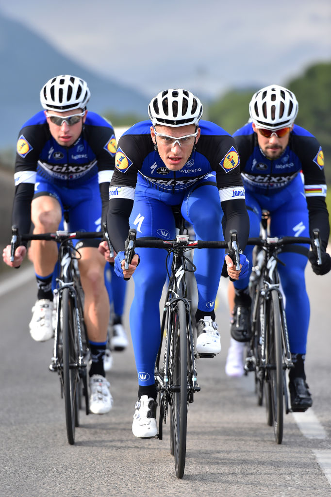Wiśniowski, left, with Marcel Kittel, centre, and Tom Boonen at Etixx-Quick-Step in 2016 (Getty Images)