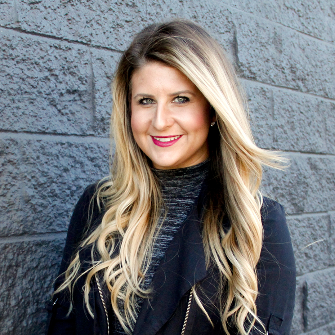 Makenzie Davies - Co-Founder + CEOdavis + dixonDigital Marketing Strategist | Connector | Rebel | Leader