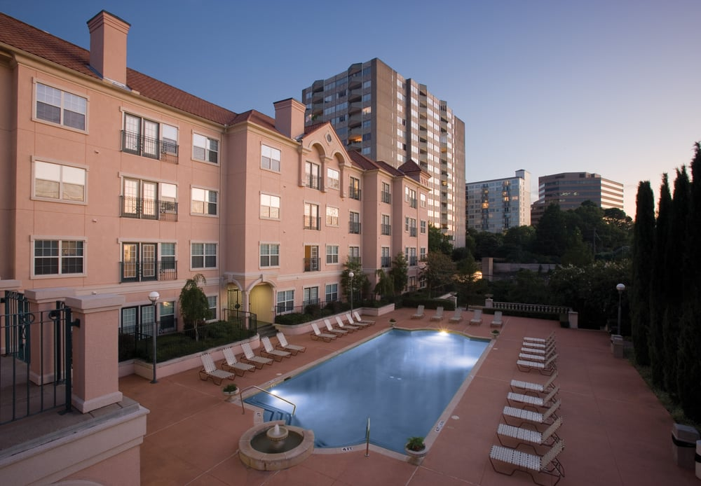 Maple Villas   Dallas, TX | Units: 252 | High Rise | 22 Story