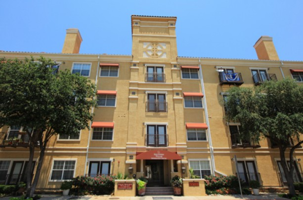 Southern Villas   Dallas, TX | Units: 252 | High Density Urban | 4 Story