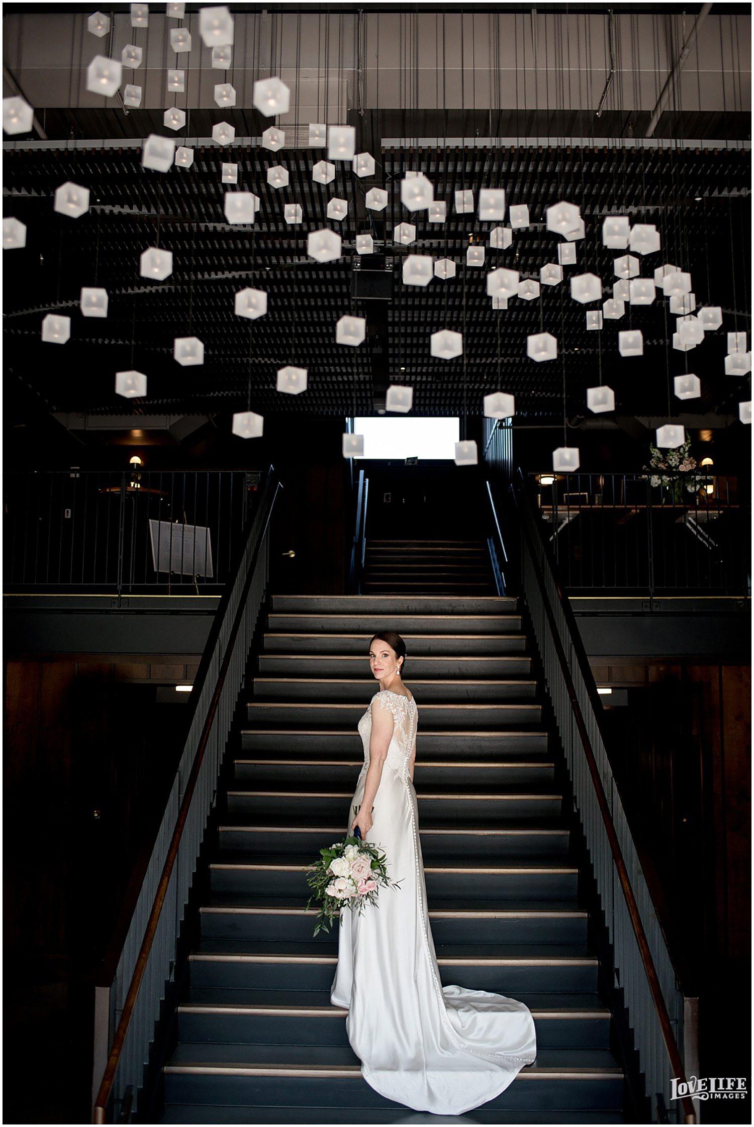 Gallery-Bride-Staircase.jpg