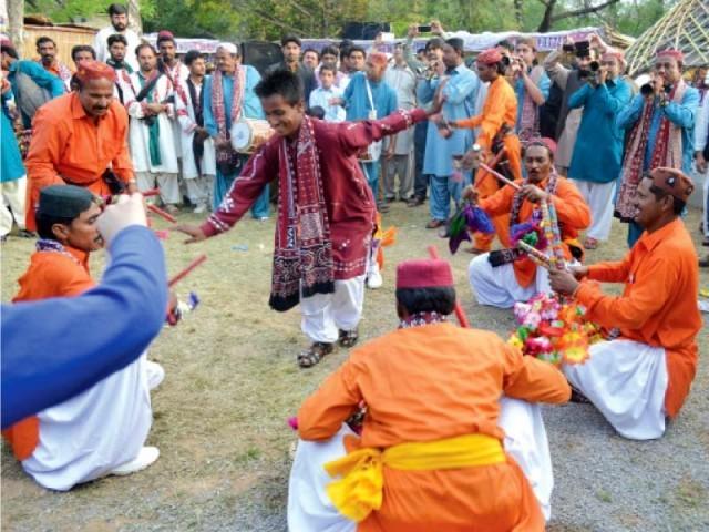 Sindhi folk dancers perform at Lok Mela in Islamabad (Photo via Express Tribune)