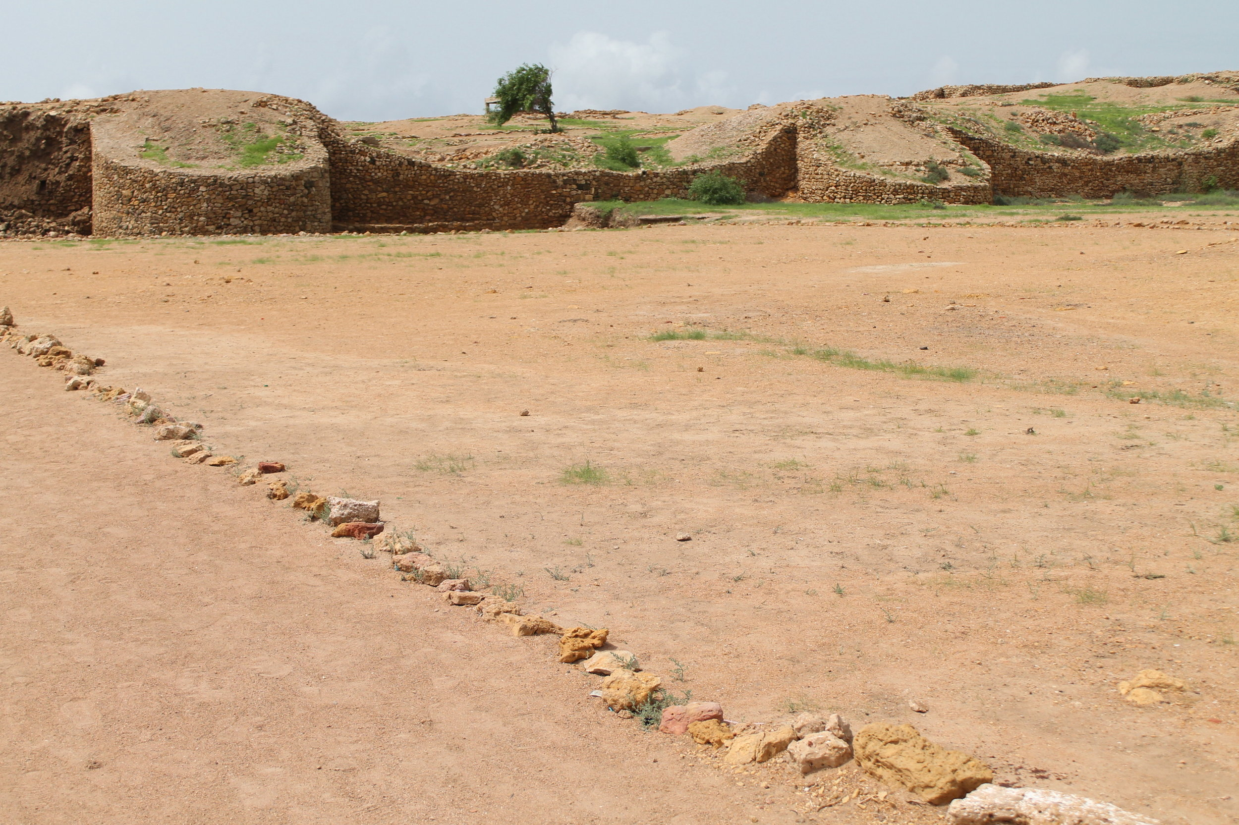 Walking to the archaeological site of Bhambhore
