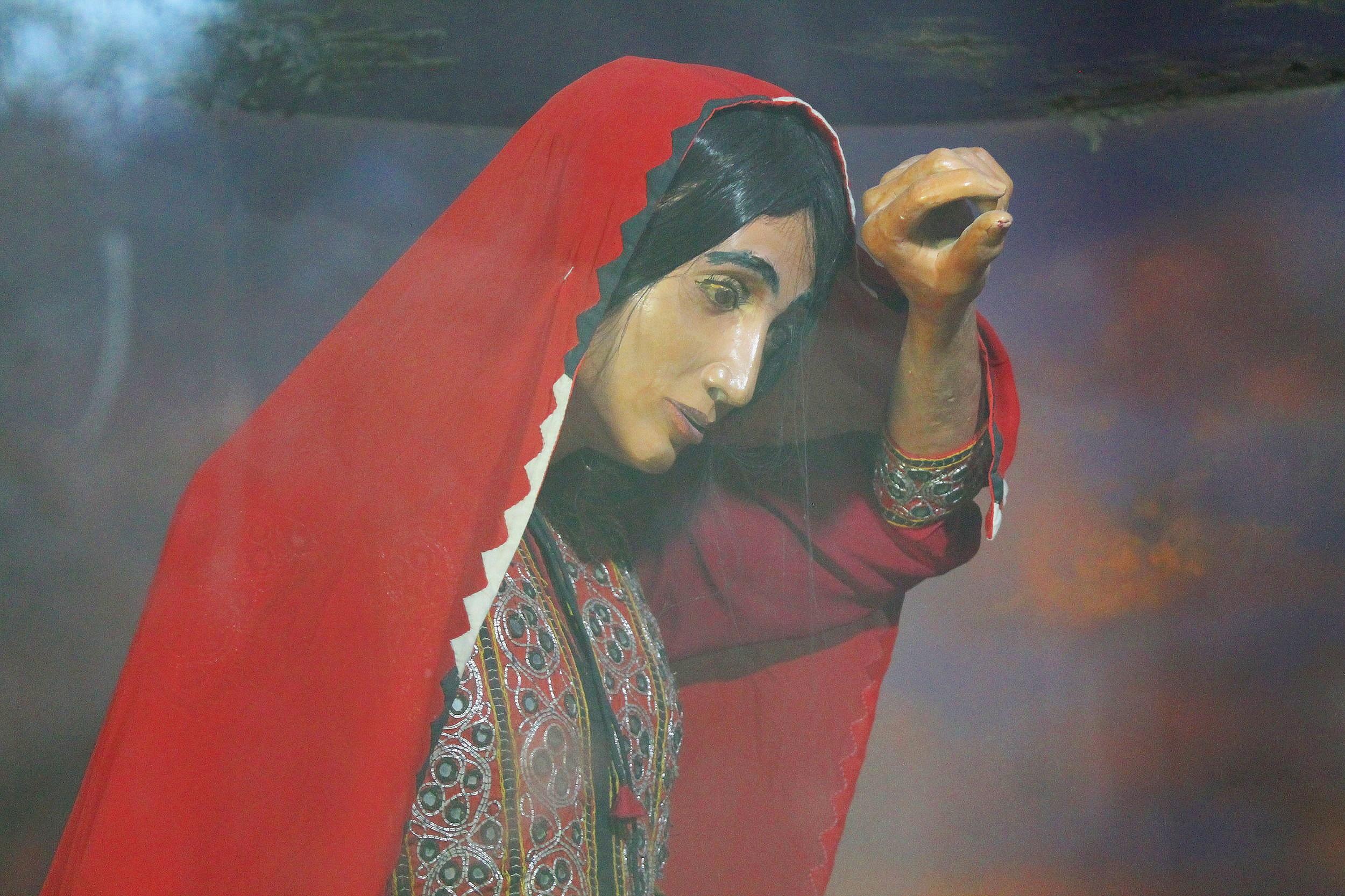 Diorama of Sasui walking through Balochistan at the Bhit Shah Museum