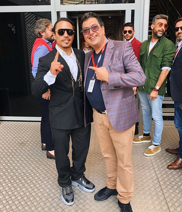 Grand Prix with @nusr_et #saltbae himself! Nice to MEAT you! #nicetoseeyou #restaurantlife #giovannis 🍴🥩🧂