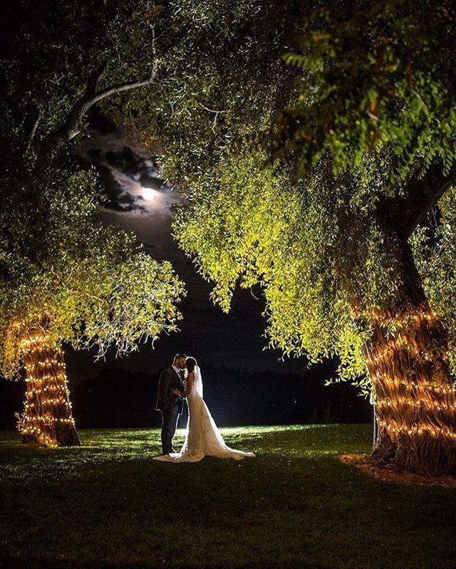 Idaho nights are the best😉 @ericschwantes #weddingparty #weddingstyle #roseriverreceptions #idahoweddingvenue #idahowedding #eastidahoweddingvenue #eastidahowedding #riverwedding #outdoorweddingvenue #idahobride #eastidahobride #roseriverreceptions