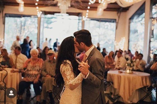 Another beautiful wedding captured! Photo credit  @tessphoto.co. #weddingparty #weddingstyle #roseriverreceptions #idahoweddingvenue #idahowedding #eastidahoweddingvenue #eastidahowedding #riverwedding #outdoorweddingvenue #idahobride #eastidahobride #roseriverreceptions