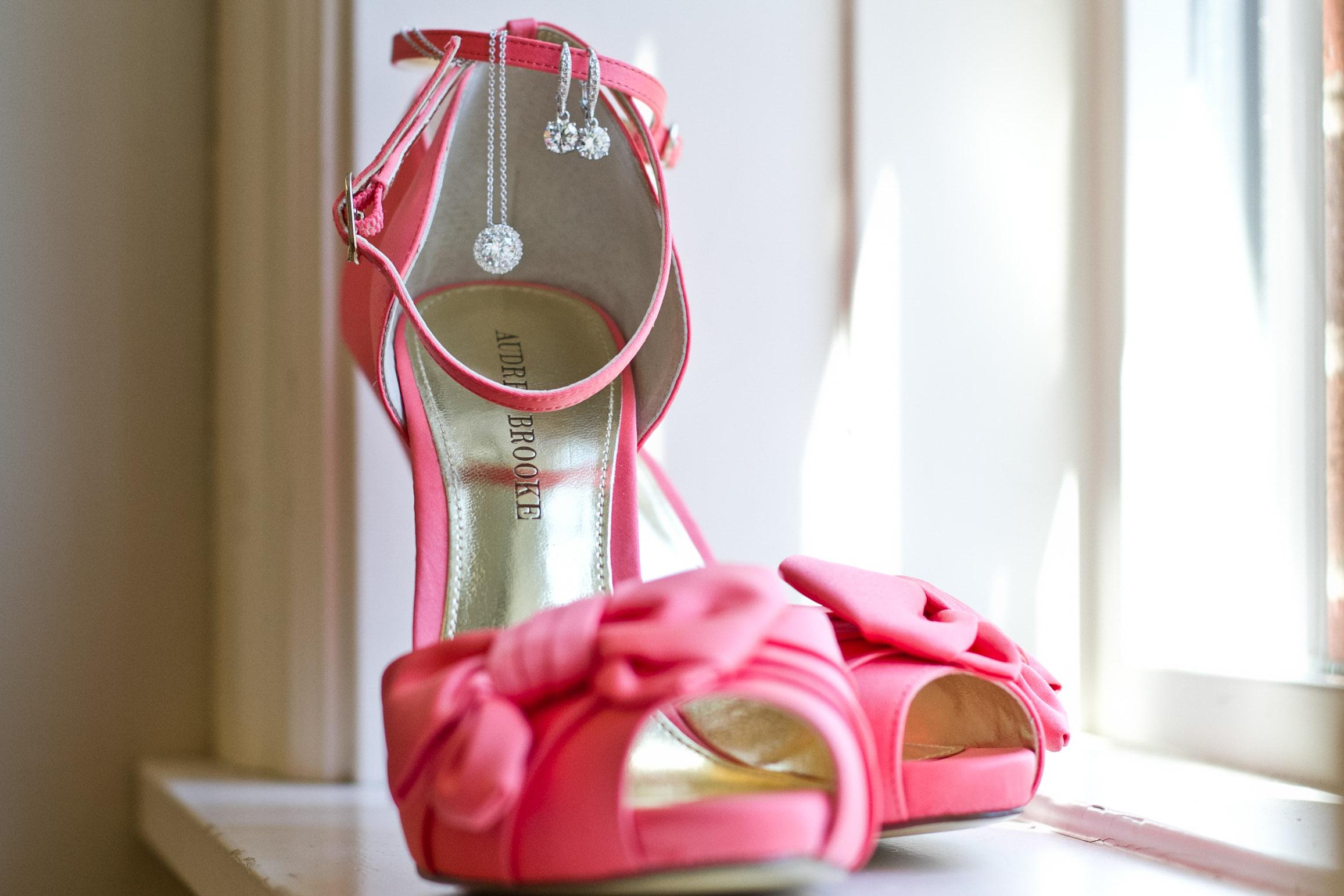 brides wedding shoes pink high heels