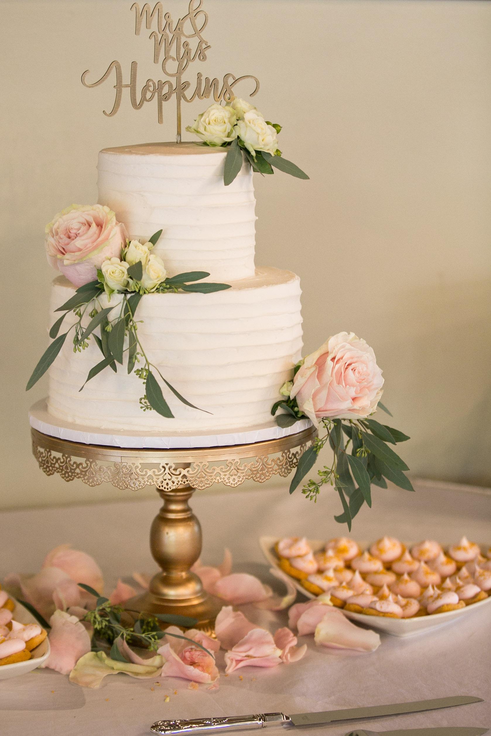 detail shot of wedding cake and desserts