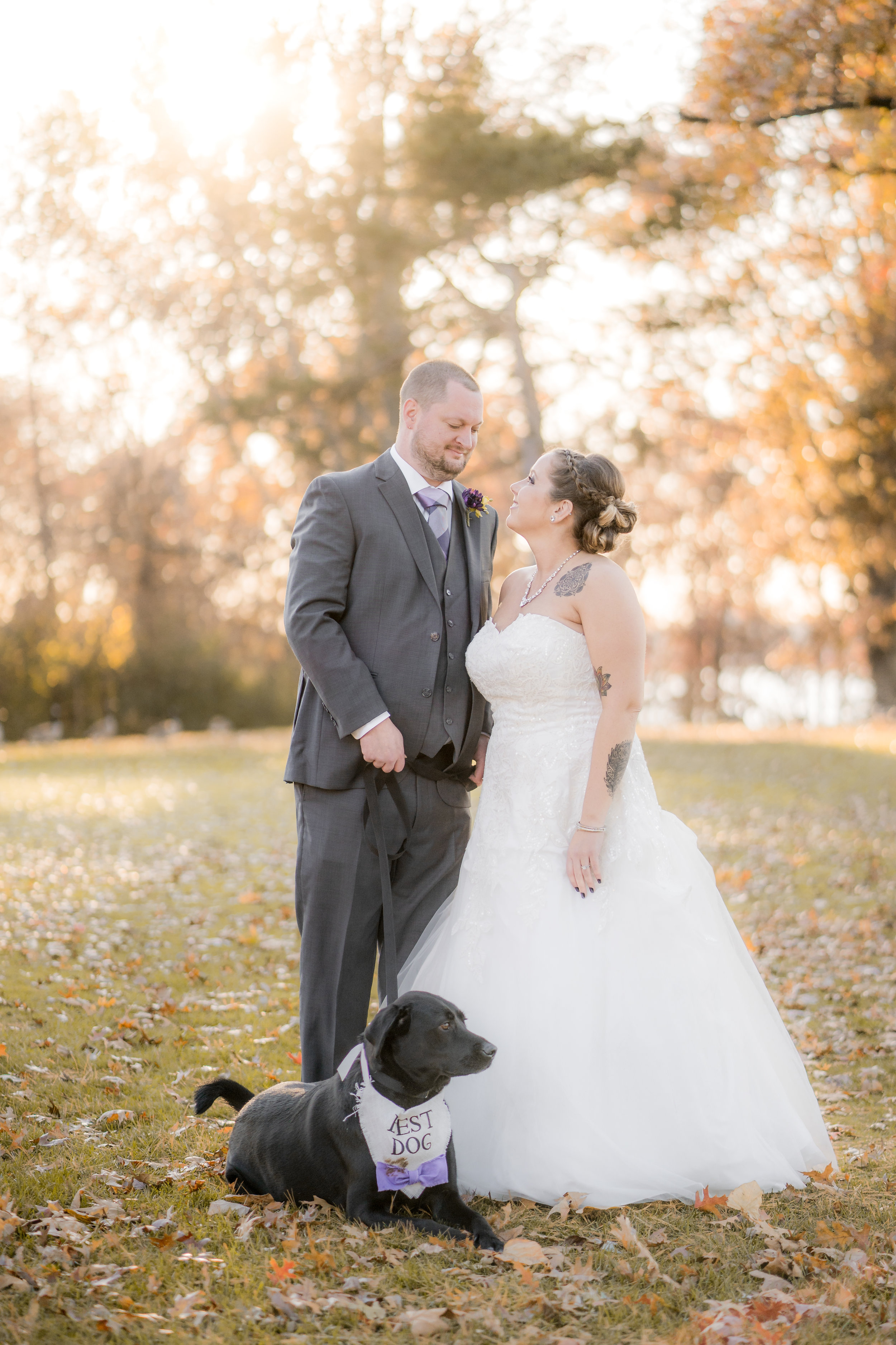 bride-groom-fall-foliage-black-labrador-lab-dog-wedding-creative-session.jpg