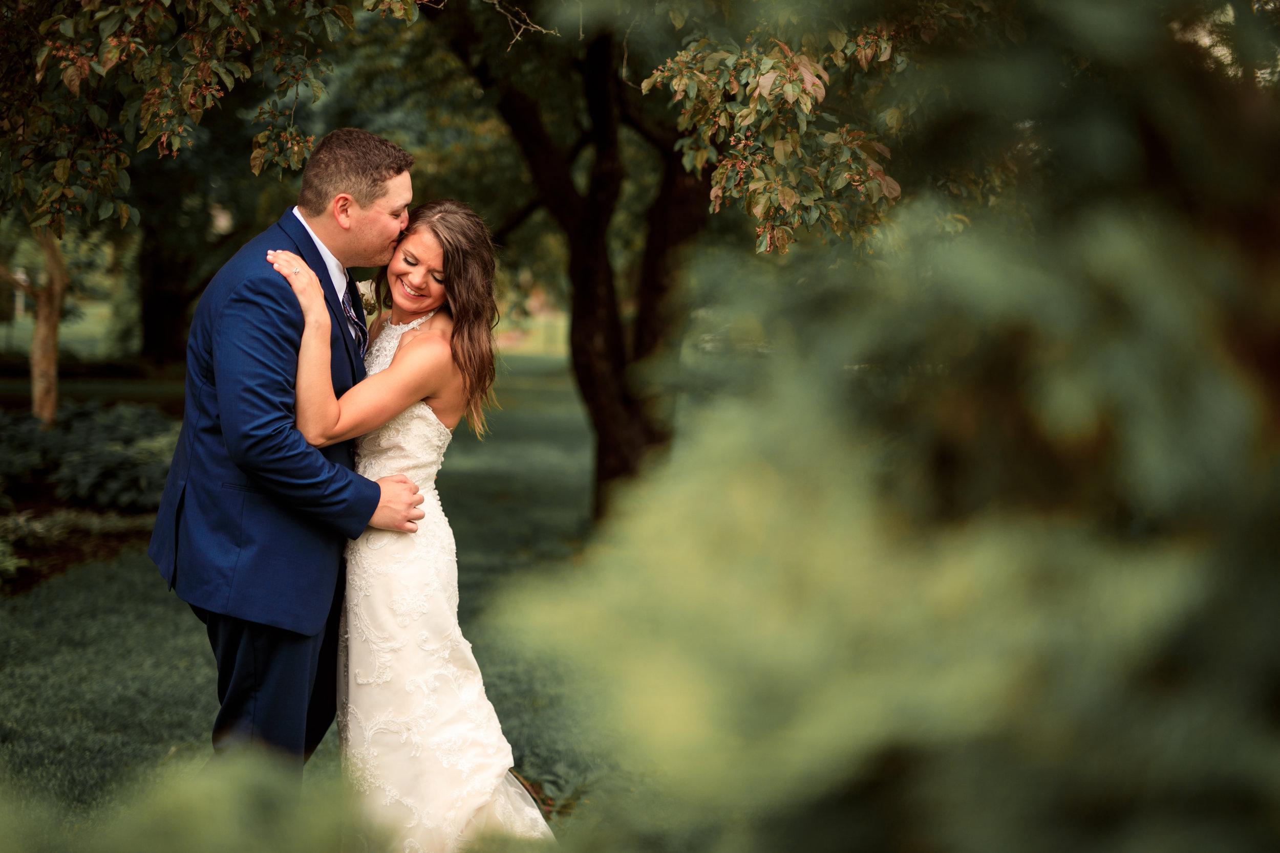 Vanderveer-davenport-iowa-wedding.jpg