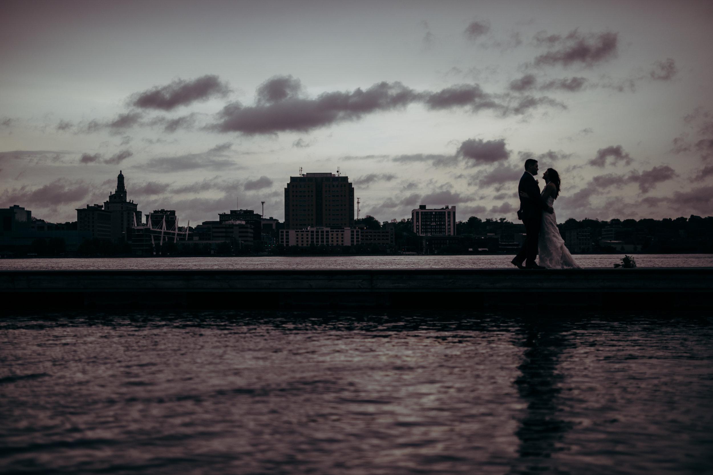 Dramatic-wedding-photo-quad-cities.jpg
