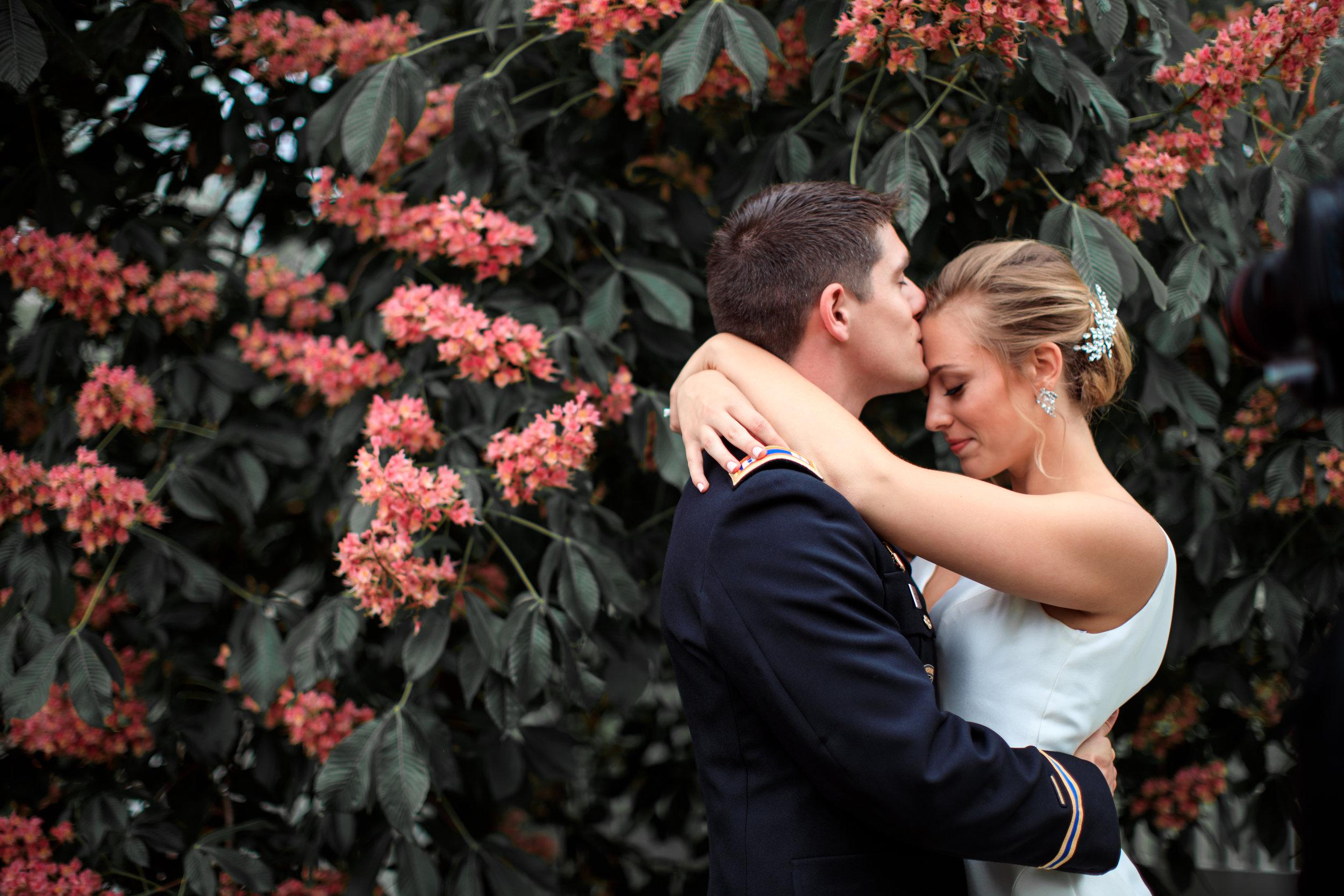 Centennial-Park-Munster-indiana-bride-and-groom-Lauren-ashley-studios-kiss-on-forehead.jpg