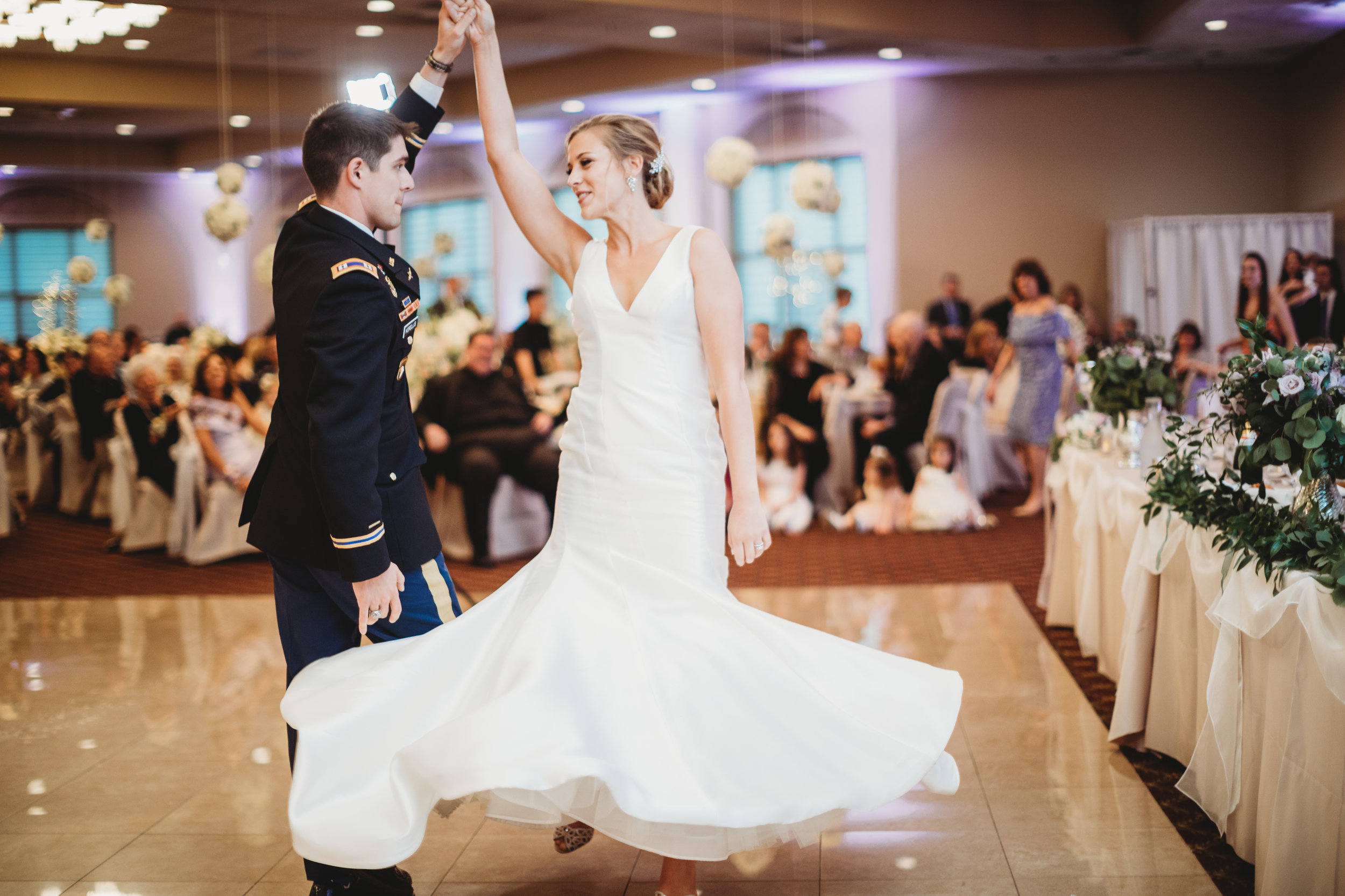 Bride-and-groom-dancing-at-Villa-cesear.jpg