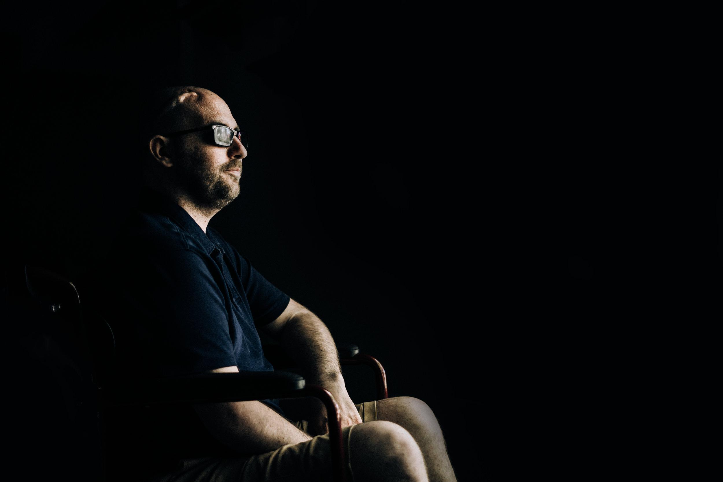 Dan-coghlan-terminally-ill-photographs-brain-cancer-man-in-wheelchair.jpg