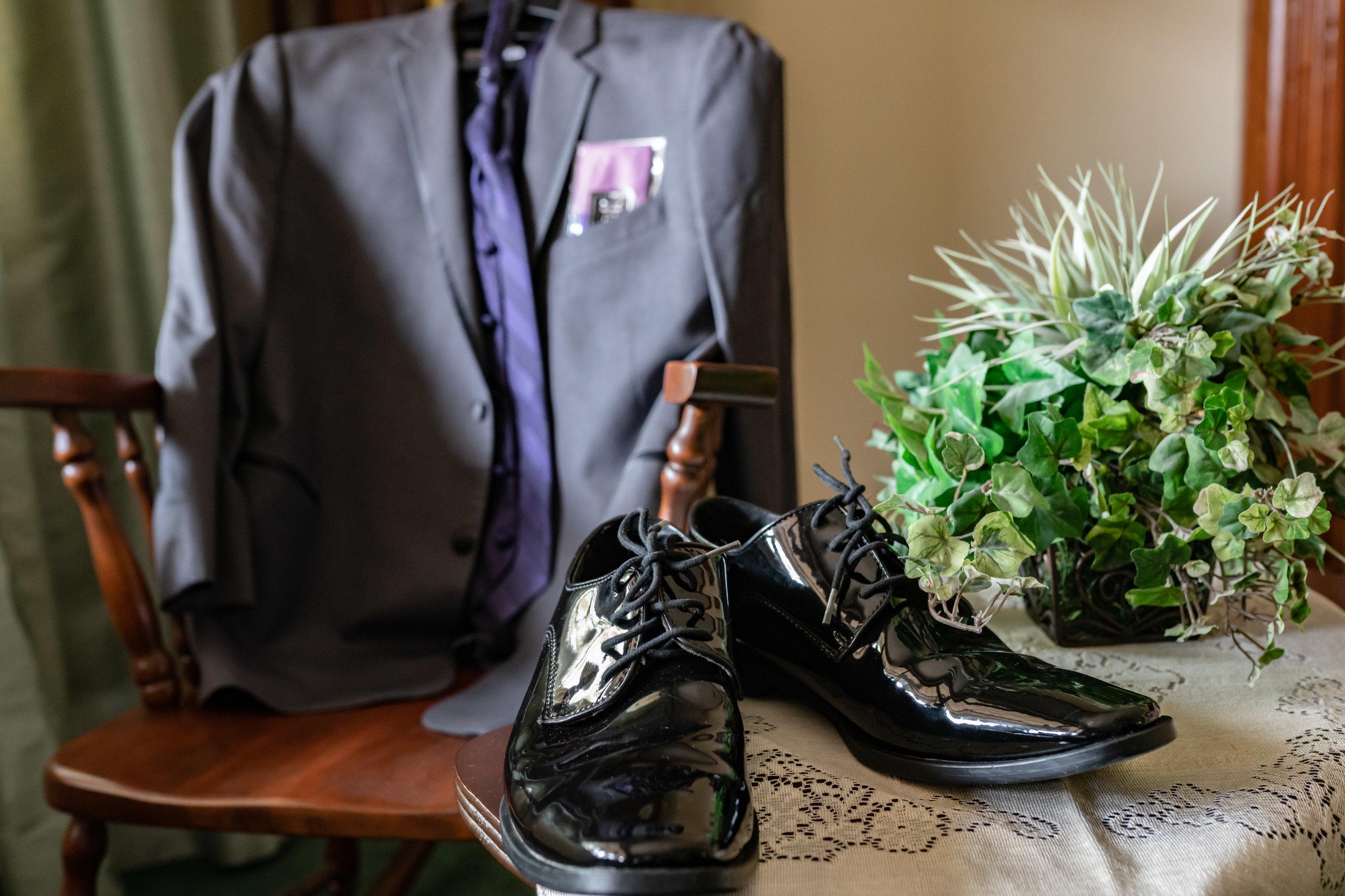 groom-wedding-attire-suit-tie-shoes-detail.jpg