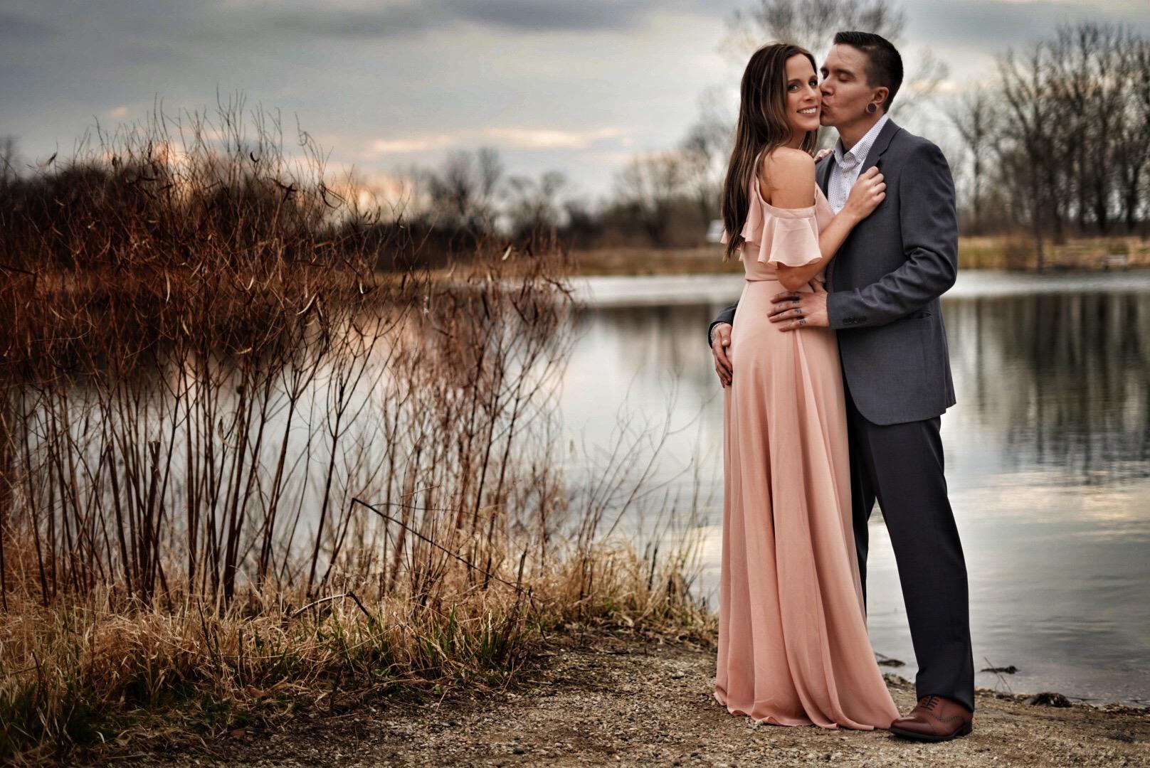 chicago-illinois-outdoors-lake-reflections-engagement-photo-shoot-pink-dress.jpeg